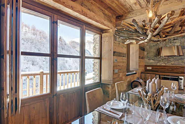 Что это такое шале: стиль интерьера и дома в альпийском духе