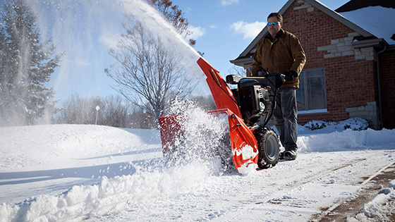 Когда на участке завал: снегоуборочная машина своими руками