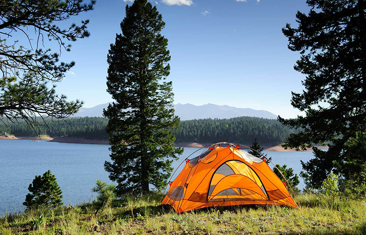 Куда съездить на выходные (про отдых на природе): преимущества отдыха на природе, лучшие места в разных регионах