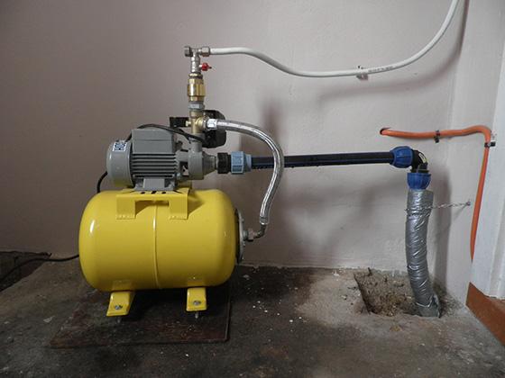 Насосная станция для частного дома − решение вопроса индивидуального водоснабжения для обладателей загородной недвижимости