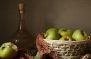 Вино из яблок в домашних условиях: как правильно готовить и хранить