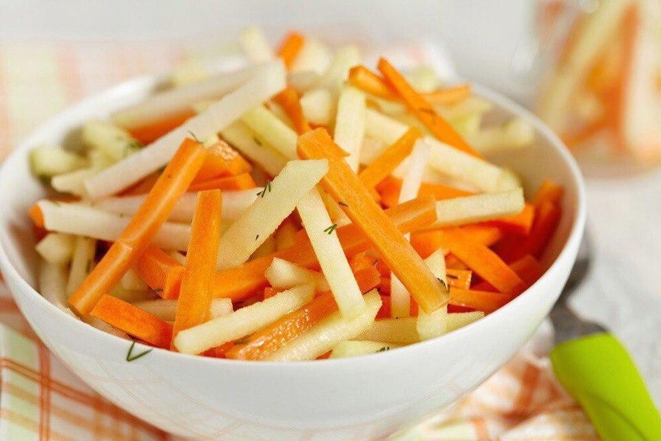 Морковь с яблоком