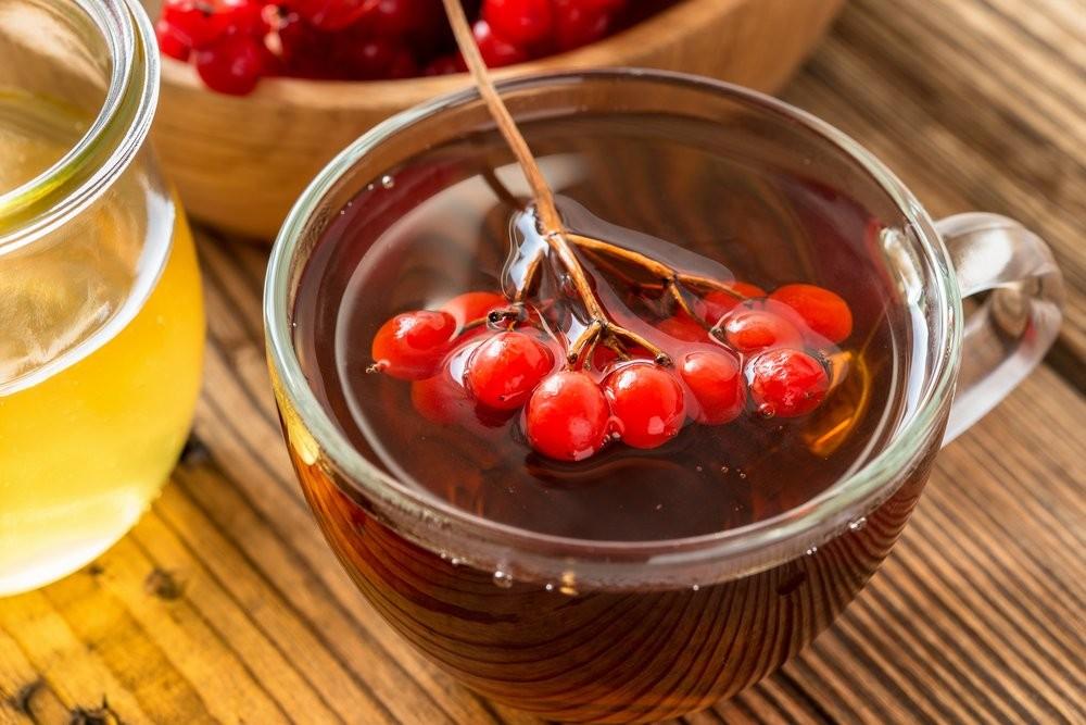 Ягодный отвар и мед