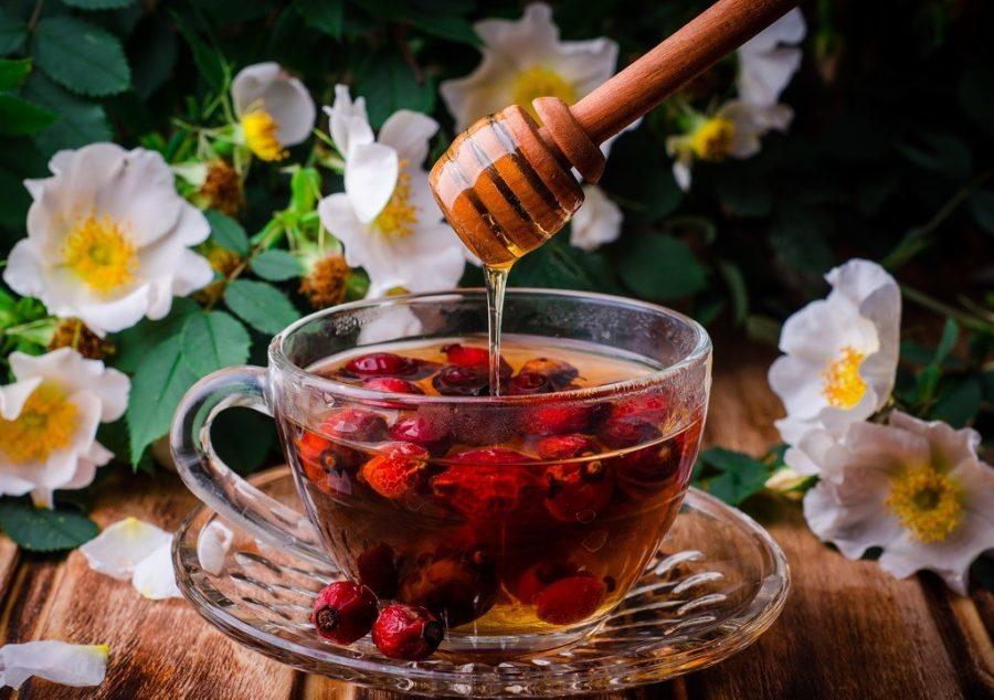 Ягодный отвар и мёд
