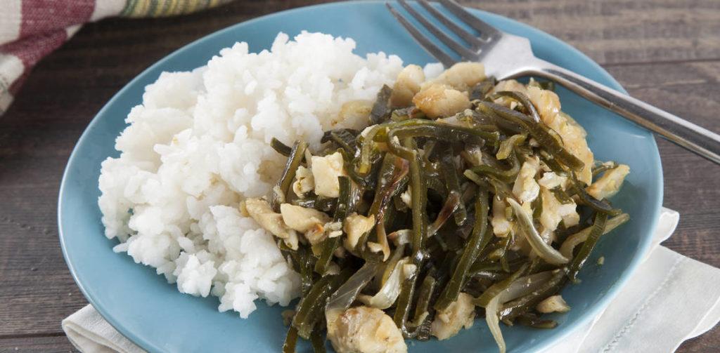 Рис с морской капустой