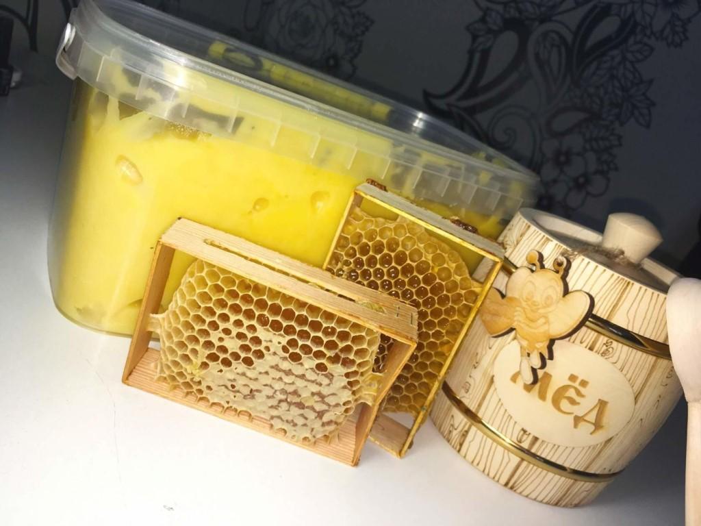 Покупать только натуральный мед с пасеки