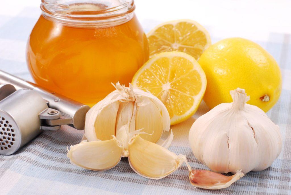 Лимон, мед, чеснок