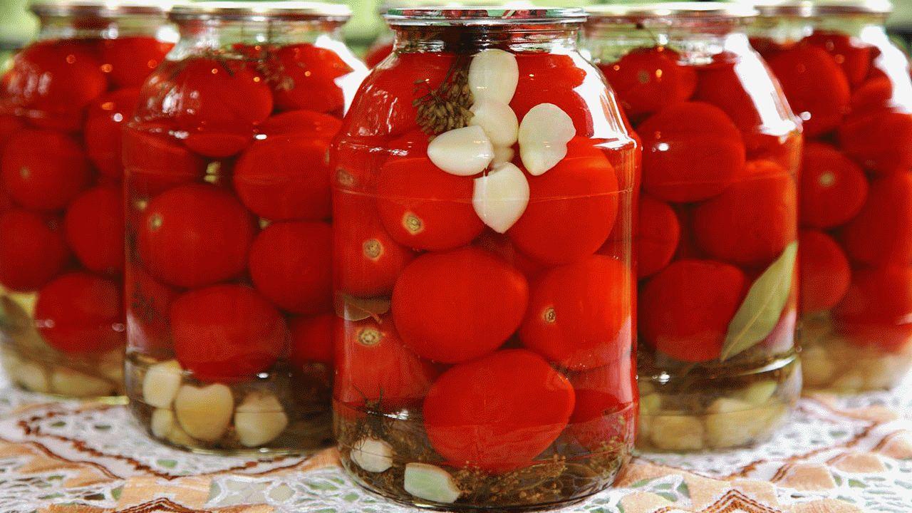 Соленые и маринованные томаты