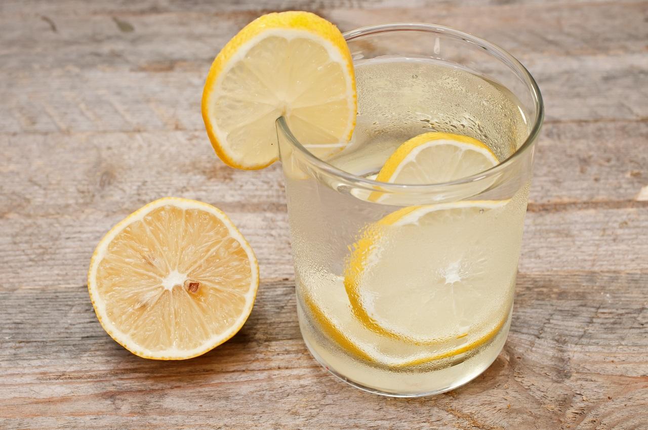 Лимон — польза и вред для организма человека