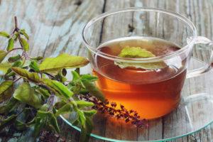 растение, чашка с чаем, стол, тарелка