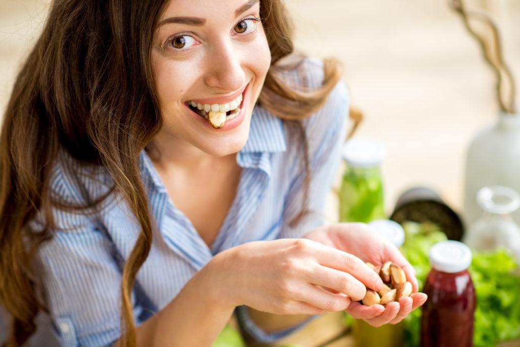 Можно ли есть орехи при язве желудка