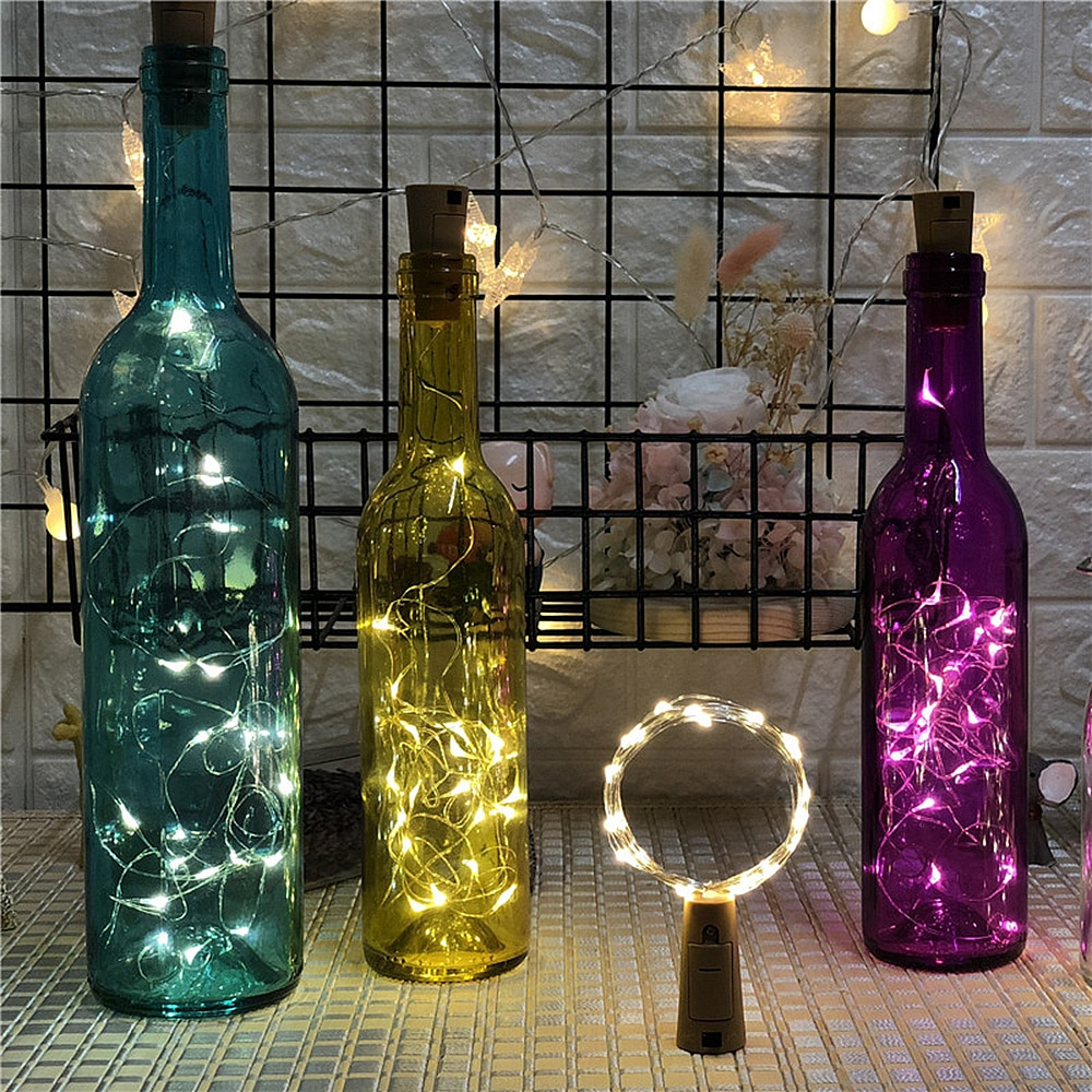 Бутылки с гирляндой декор