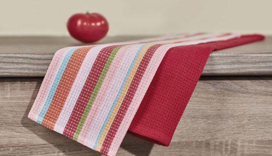Как повесить полотенце на кухне