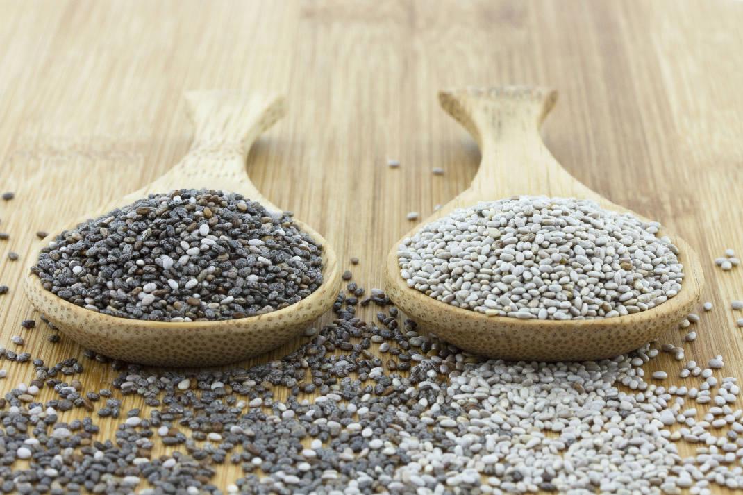 Семена чиа белые и черные