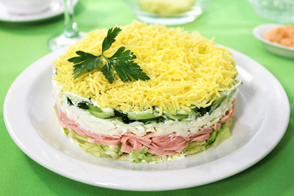 Слоеный салат Мачо
