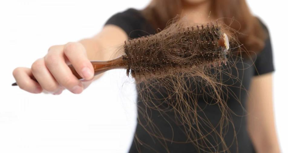 Волосы и отрезанные ногти нужно сжигать