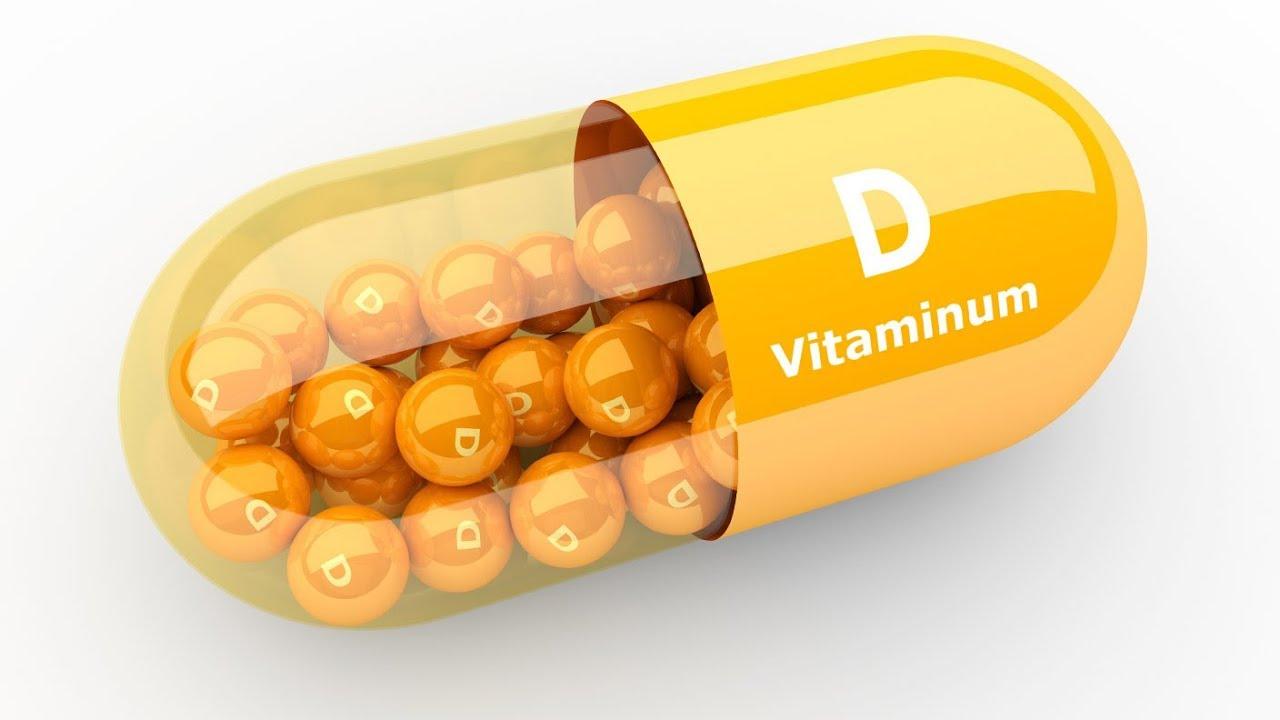 Врач назвал первые симптомы нехватки витамина D
