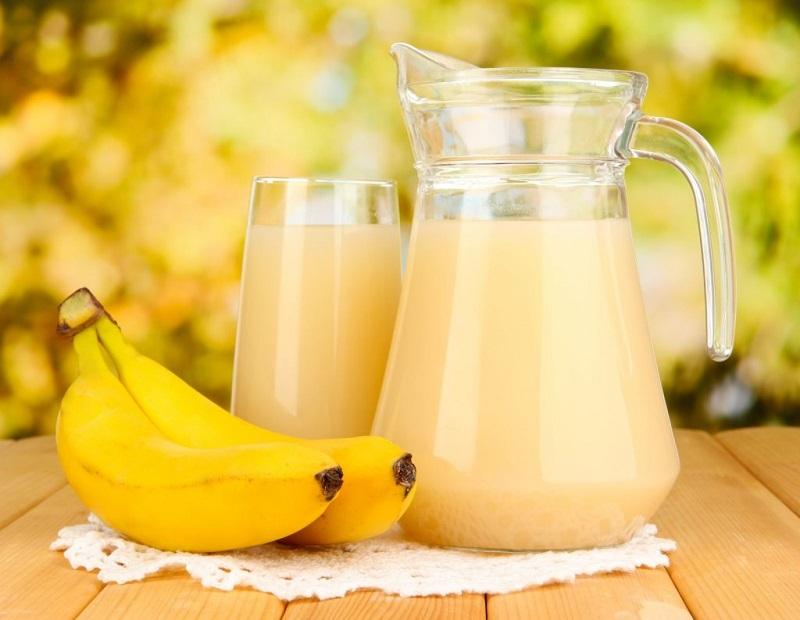 Молоко с бананом от кашля