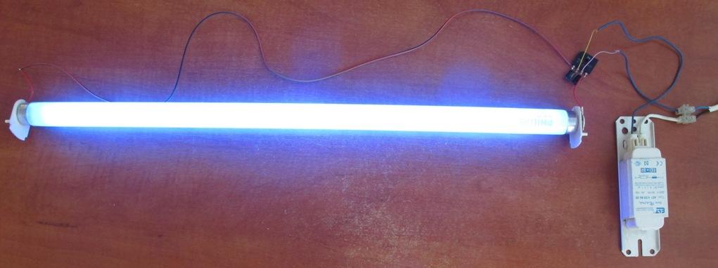 Подсветка из люминесцентных ламп